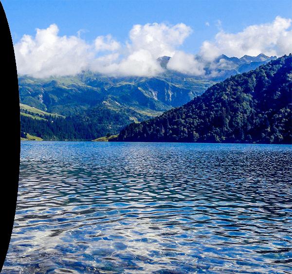 lac montagne forêt gagnante